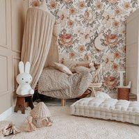 Zanim zobaczycie efekty naszej nowej sesji zdjęciowej , zobaczcie na to piękne wnętrze u @headofswans 💫  Nasz lniany materac, kompaktowy a przede wszystkim bardzo wygodny ✨  •   Before you see the effects of our new photo shoot, check out this beautiful interior at @headofswans 💫   Our linen mattress, compact and, above all, very comfortable ✨  #kidsroom #kidsspace #kodsinterior #pokojdziecka #pokojdziewczynki #pokojchlopca  #kidsplayroom #playroom #kidsroomdecor #decoration #baldachim #conopy #futon #linenmattress #puf #pouf #natural #colors
