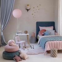 Kochani 💫  Lato w pełni , wiec my również pokazujemy wnętrza pełne koloru 🌈  Delikatnie , subtelnie ale kolorowo.   Co powiece na taką aranżacje ?   •   Dear 💫   Summer is in full swing, so we also show interiors full of color 🌈   Delicate, subtle but colorful.   How about such an arrangement?  📷 @dreamitdoit.pl   #kidsroom #kidsspace #kodsinterior #pokojdziecka #pokojdziewczynki #pokojchlopca  #kidsplayroom #playroom #kidsroomdecor #decoration #baldachim #conopy #futon #linenmattress #puf #pouf #natural #colors #summer #summerdays