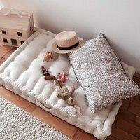 Nasze materacyki to idealna miejscówka do zabawy i odpoczynku 💫   Fajne , prawda ?   •   Our mattresses are the perfect place for fun and relaxation 💫   Cool isn't it?   #kidsroom #kidsspace #kidsinteriors #pokojdziecka #pokojdziewczynki #pokojchlopca #kidsroomdecor #kidsroomdesign #decoration #dekor #len #lino #linenlove #linenmattress #puf #pufa #pouf
