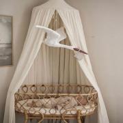 Kompletując wyprawkę dla Maleństwa , staramy się stworzyć mu kącik , który będzie bezpieczny , komfortowy a zarazem piękny 🤍  A jak Wasze kompletowanie wyprawki ?   Zajrzyjcie koniecznie do naszego sklepu , gdzie oprócz elementów wyposażenia wyprawki , znajdziecie również przepiękne dekoracje ✨  •   When completing a layette for your baby, we try to create a corner that will be safe, comfortable and beautiful at the same time 🤍   How's your completing the layette?   Be sure to check out our store, where in addition to the layette equipment, you will also find beautiful decorations ✨  #wyprawkadlamalucha #wyprawka #rodzew2021 #baby #babyroom #kidsspace #kidsinterior #kinderzimmer #pokojdziecka #pokojdziewczynki #pokojchlopca  #kidsplayroom #playroom #kidsroomdecor #decoration #baldachim #conopy #natural #summervibes #detailing #details #pillow #len #lino #linenbedding